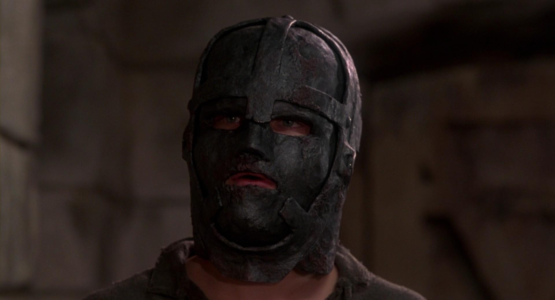 Человек в железной маске / The Man in the Iron Mask (1998) BDRip 1080p